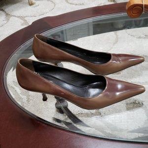 Prada size 10 brown patent leather heels